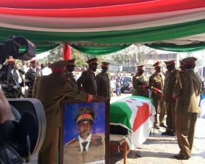 "Lt Gen Adolphe Nshimirimana yashinguranwe iteka bimwe bikomeye "" Raba hano amafoto"