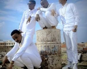 Umugwi Best Life Music ugiye gushira ahabona amasanamu y'indirimbo yabo bise High Girl