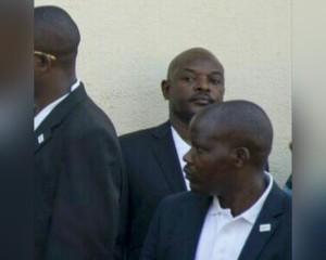 Petero Nkurunziza yoba yari hehe aho Lt. Gn. Adolphe Nshimirimana yariko arahambwa ?